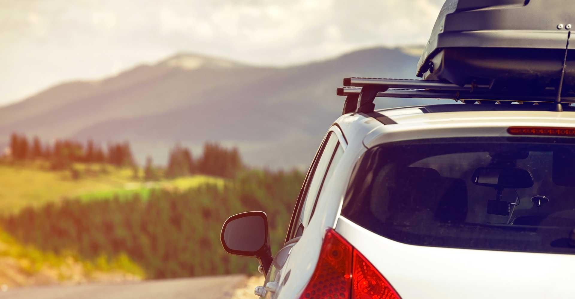 Met de auto op vakantie? Houd rekening met deze regels.
