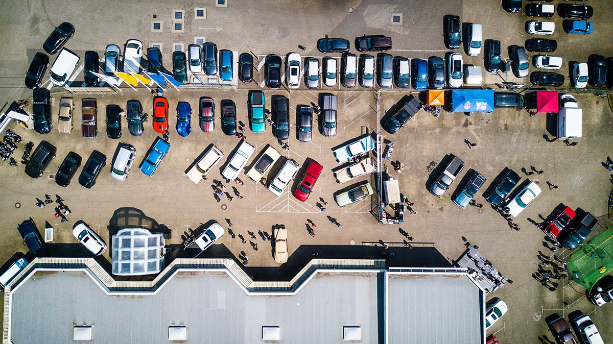 Pottenkijkers bij het parkeren: extra stress of geen probleem?